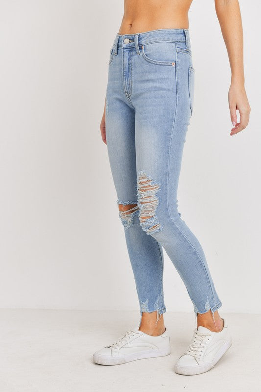 Just USA Light Wash Distressed Denim Jeans