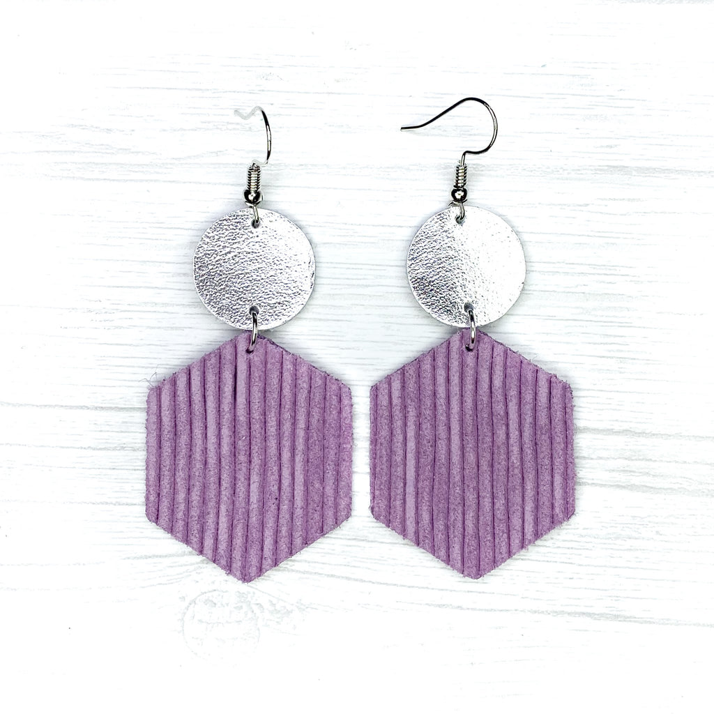 Savvy Bling Lavender Textured Earrings