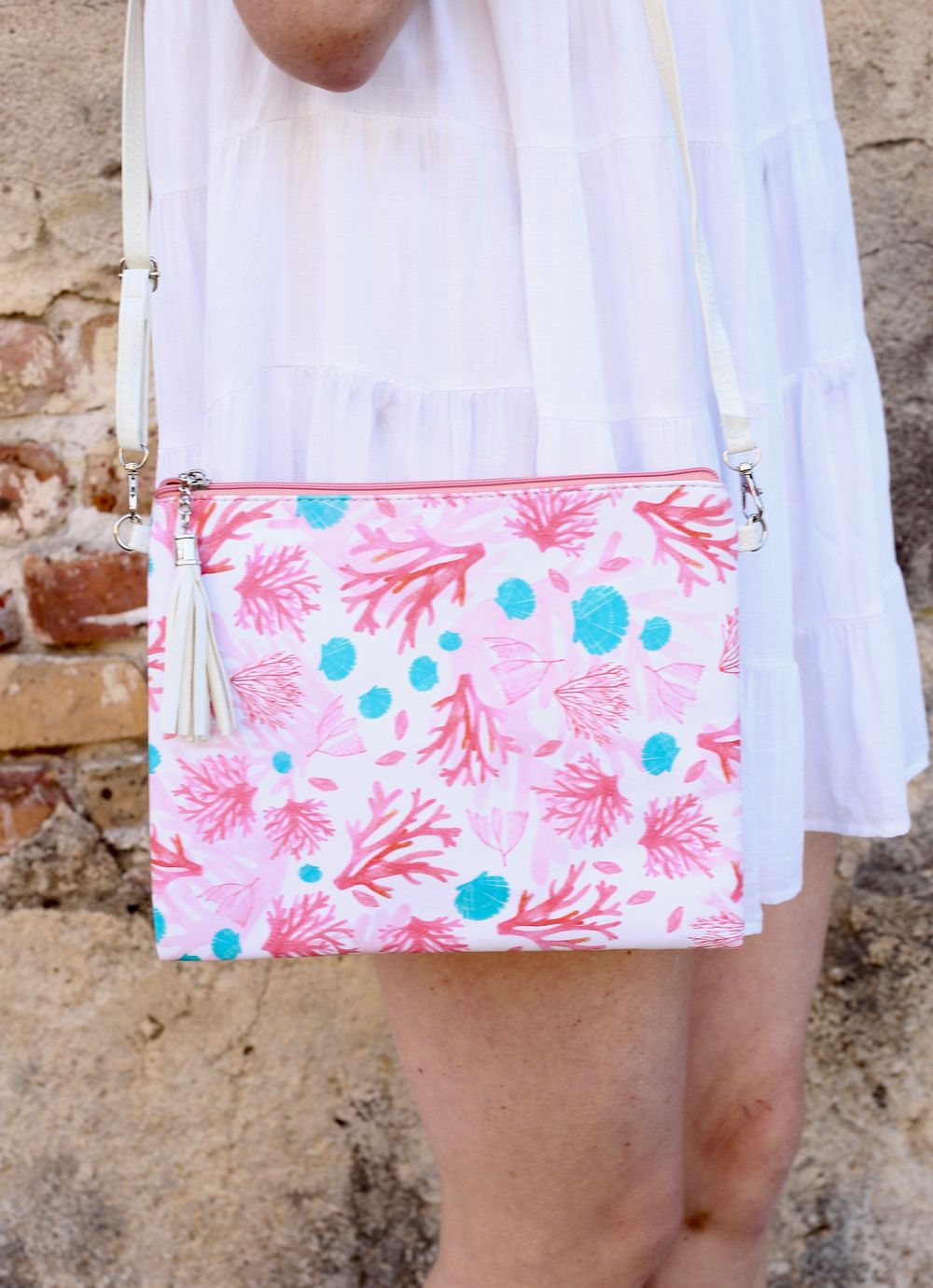 Seachaser Crossbody/Clutch Coral Reef