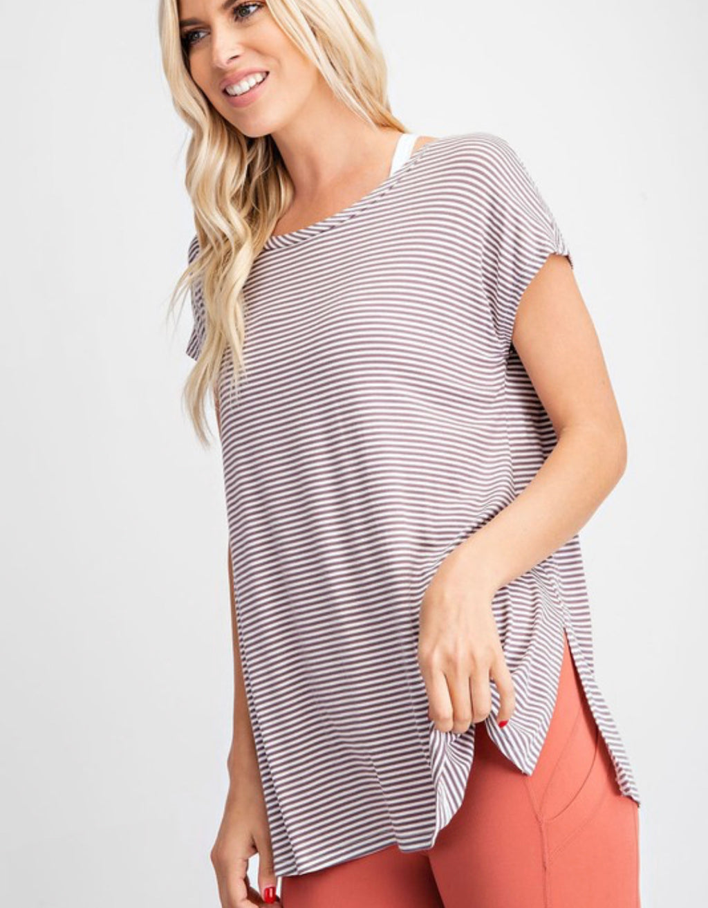Pin Stripe Round Neckline Yoga Top