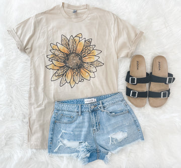 Taupe Sunflower Graphic Tee