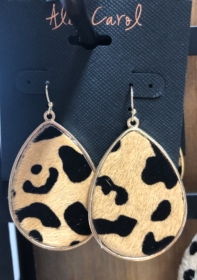 Alex Carol Oval Earrings