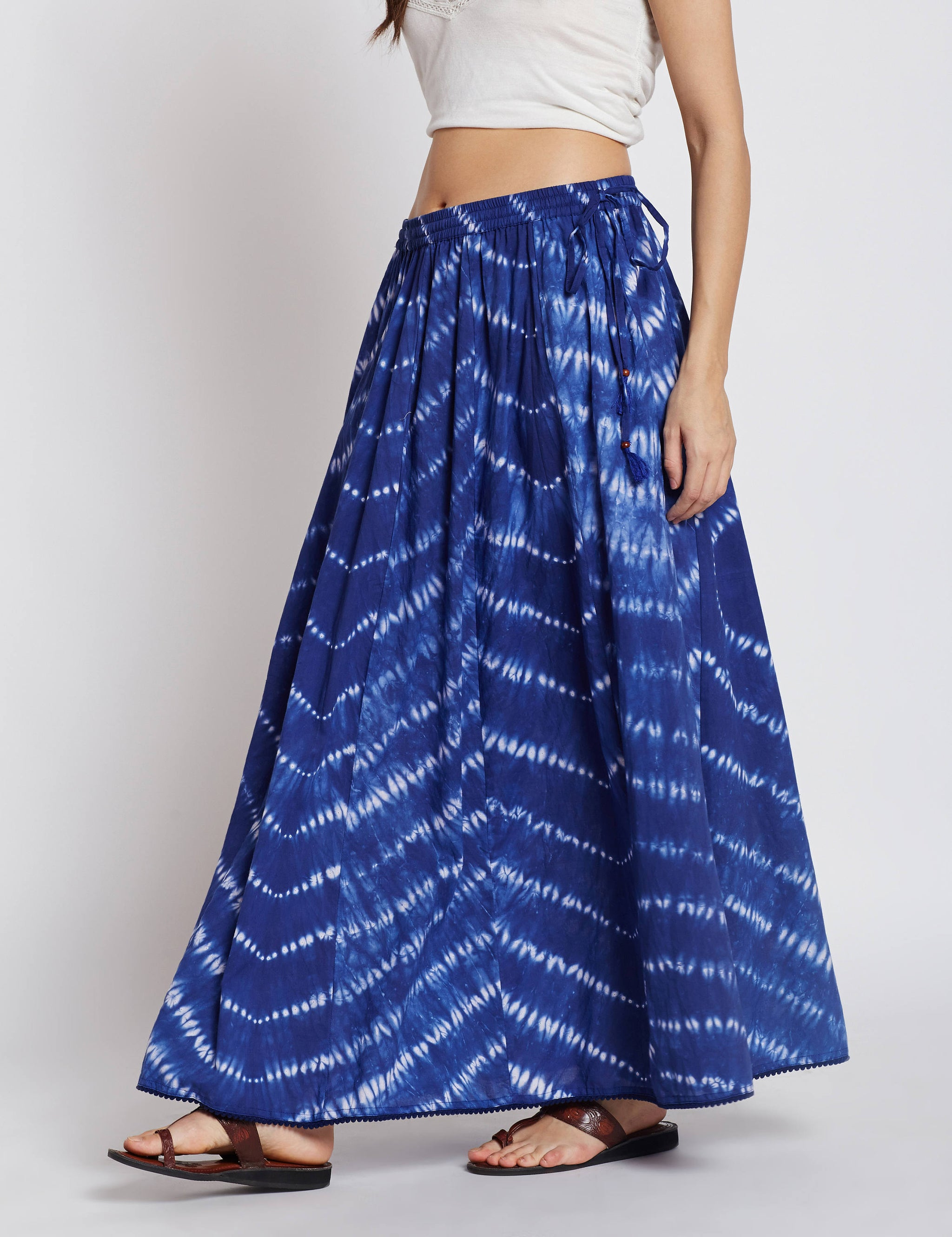 Shibori panelled long skirt in blue colour