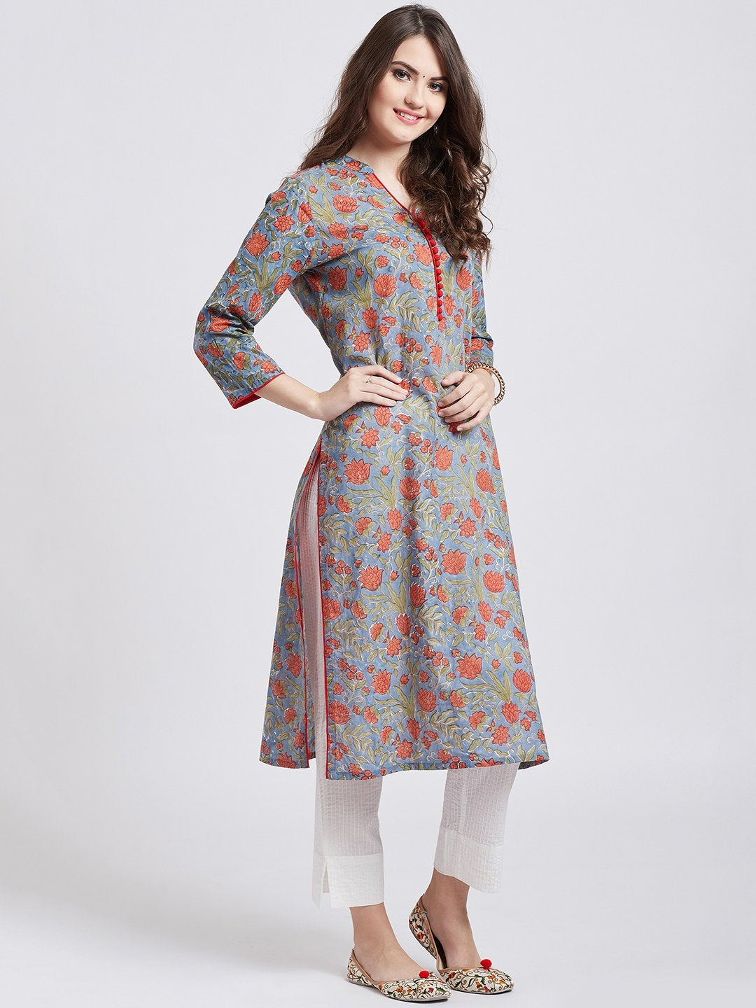 Hand block printed gray kurta with self embroided off white cotton straight pants