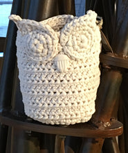 Load image into Gallery viewer, Crocheted Owl Basket