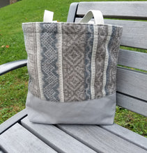 Load image into Gallery viewer, Wool Tote