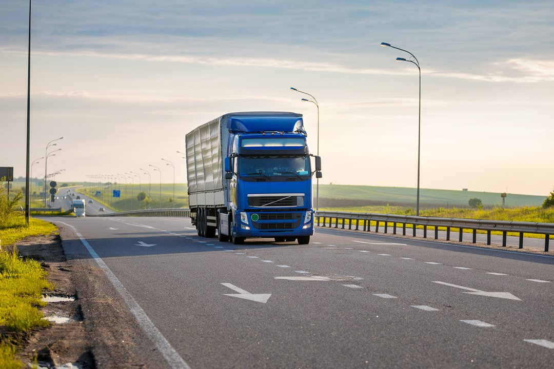 Why Do Semi-trucks Drive Slower Than Everyone Else?