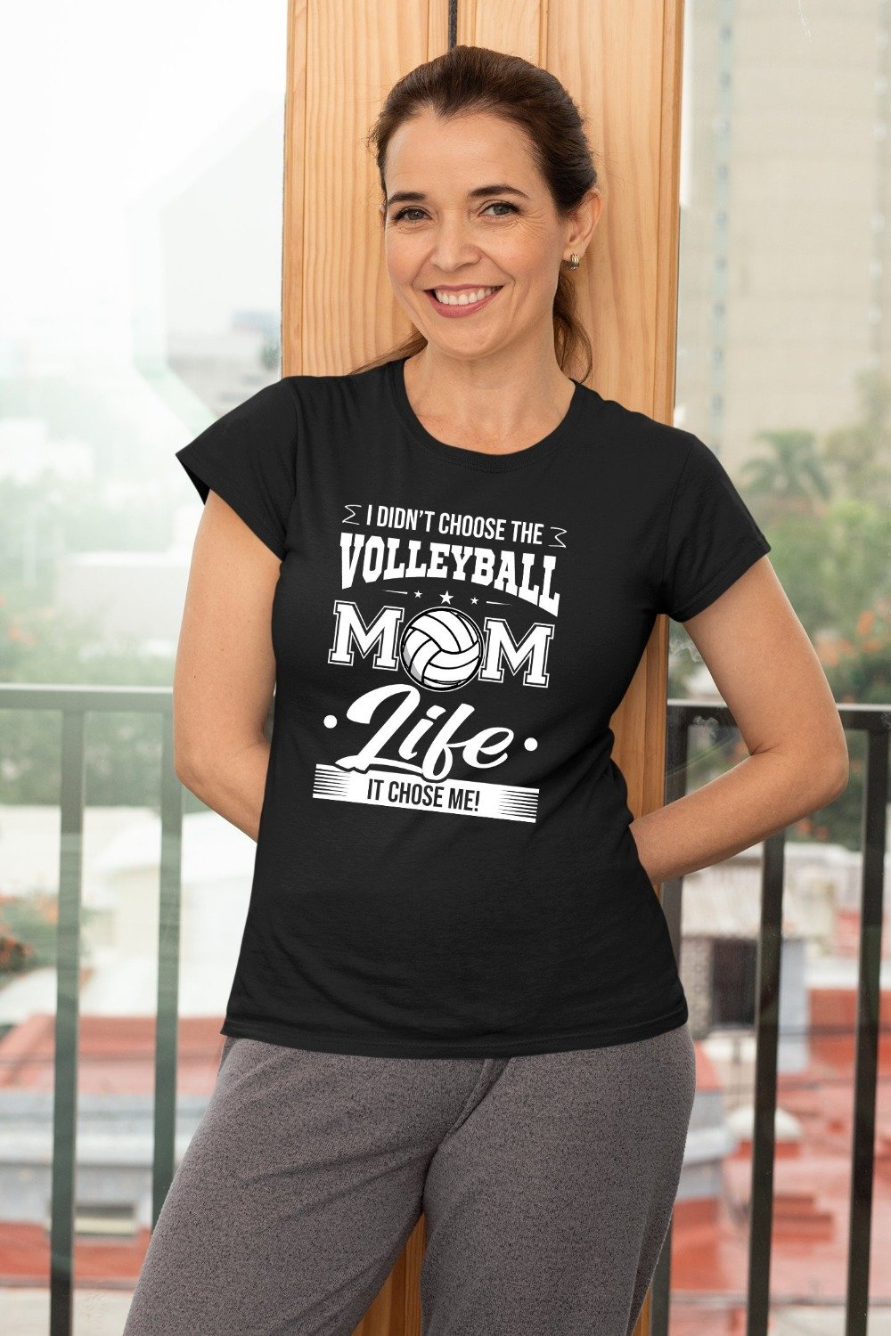 I Didn't Choose The Volleyball Mom Life It Chose Me T-Shirt
