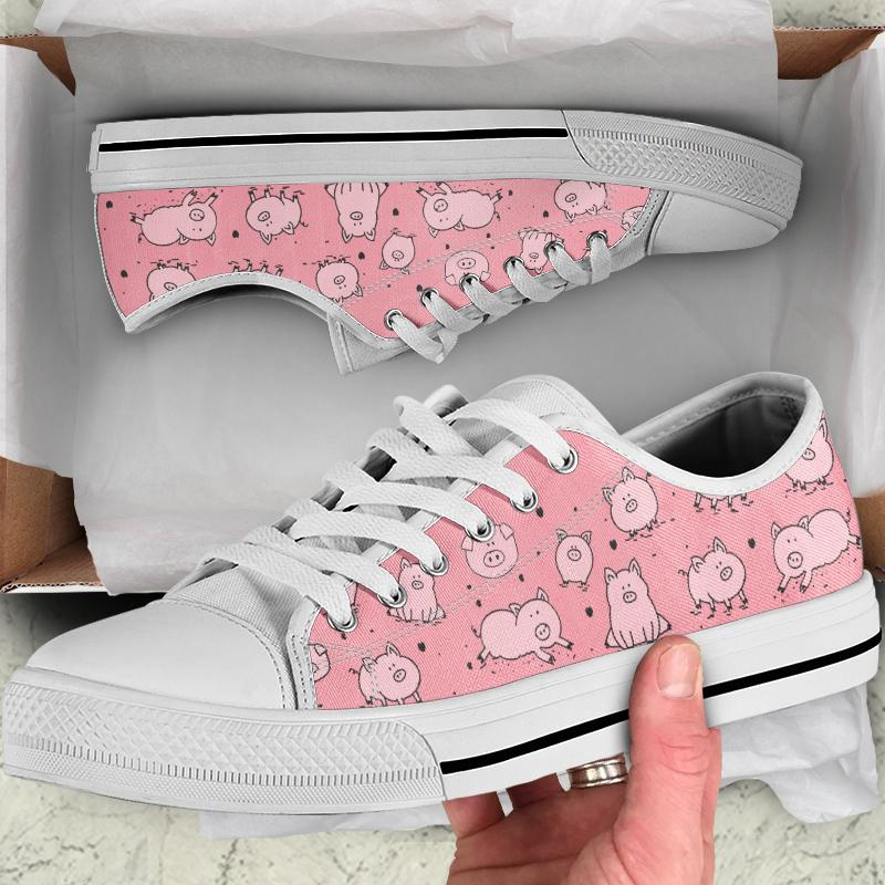 Light Pink Pig Print Women's Low Top Canvas Shoes - Snappy Creations