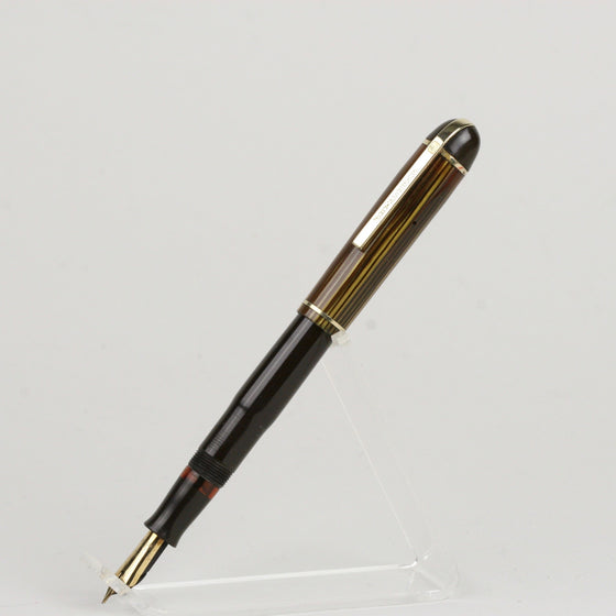 Eversharp Standard Skyline Fountain Pen, Restored Lever Filler, Fine Gold Eversharp Nib
