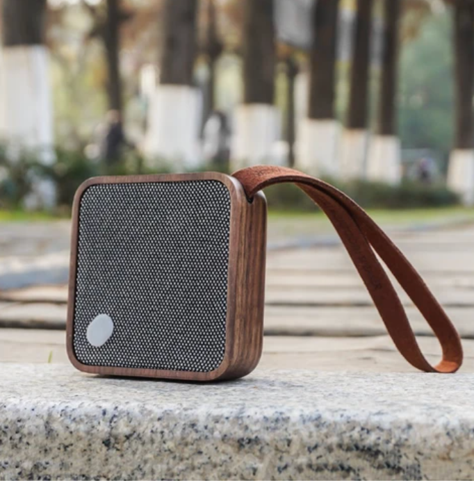 Bluetooth Pocket Speaker - Walnut