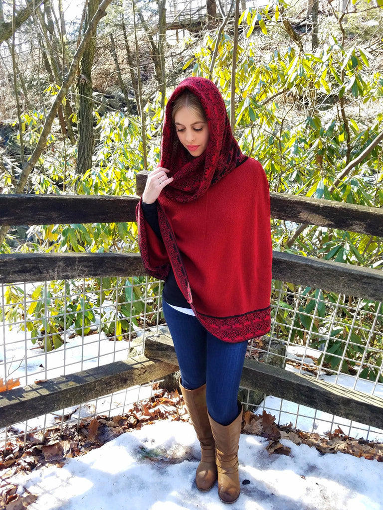 100% Superfine Alpaca - Hooded Poncho 'Saya' - Ruby Red