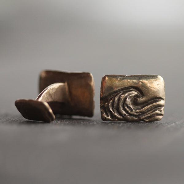 Tofino Break Cufflinks <li> Silver & Yellow Bronze