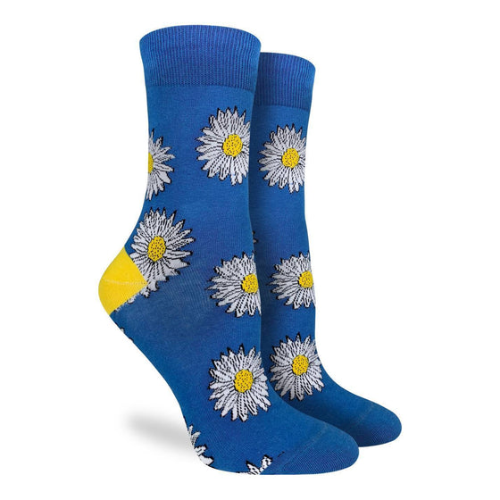 These royal blue coloured socks display several daisies, the quintessential colour palate of white, blue and yellow catches the eye. The heel boasts a magnificent yellow, taking from the center of the daisy, tying together the entire design. 85% Cotton, 10% Polyester, 5% Spandex
