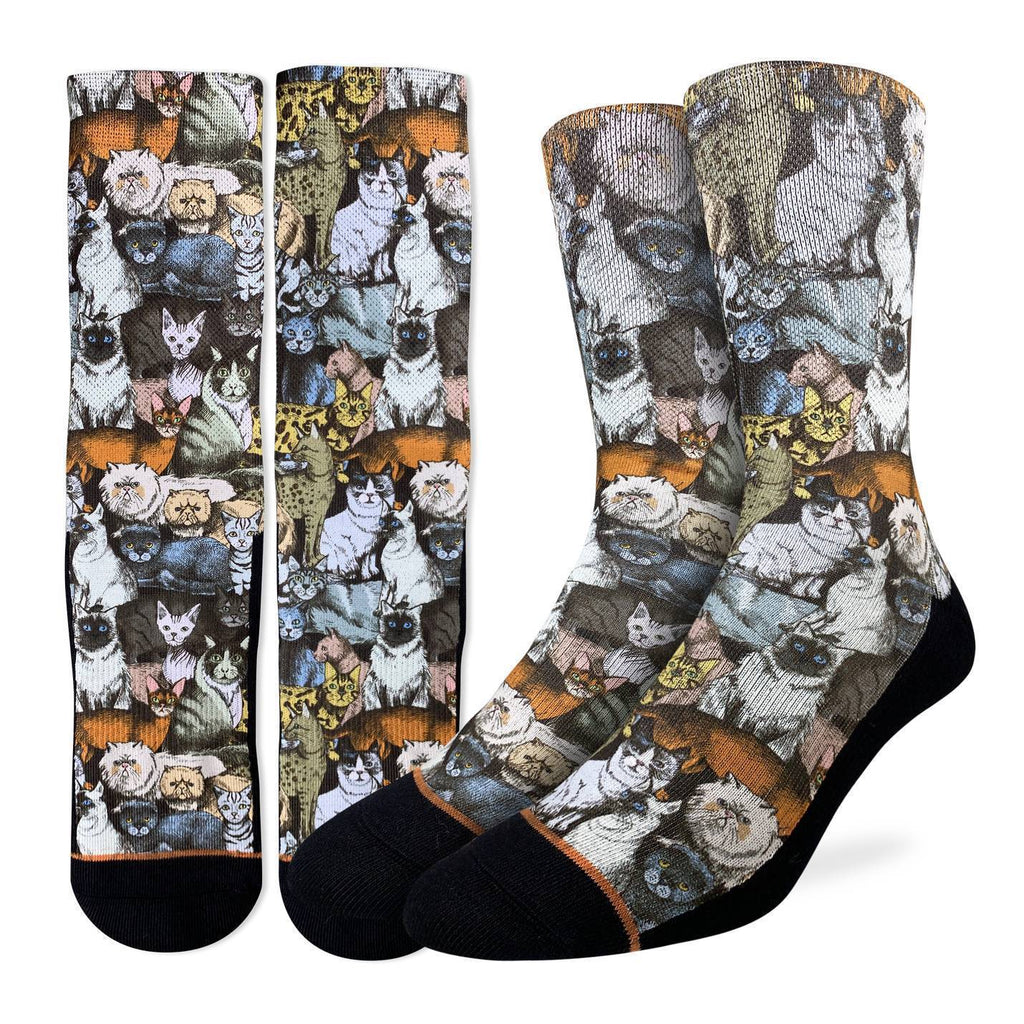 This pair of active fit socks features a plethora of spiffy looking felines.  The heel through to the toe is black. 48% Polyester, 45% Cotton, 5% Elastic, 2% Spandex