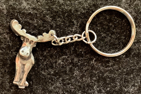 Pewter moose attached to a small chain and a key ring