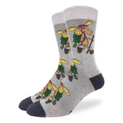 These fun socks feature hiking moose equipped with a backpack, walking stick, and red cap. The moose are on a grey background with black toe and heel. Spandex added to the 85% cotton blend gives the socks the perfect amount of stretch to hug your feet.
