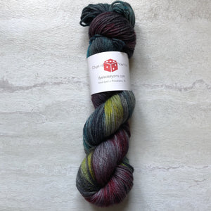 Gothic Rainbow - Squish Like Grape Worsted