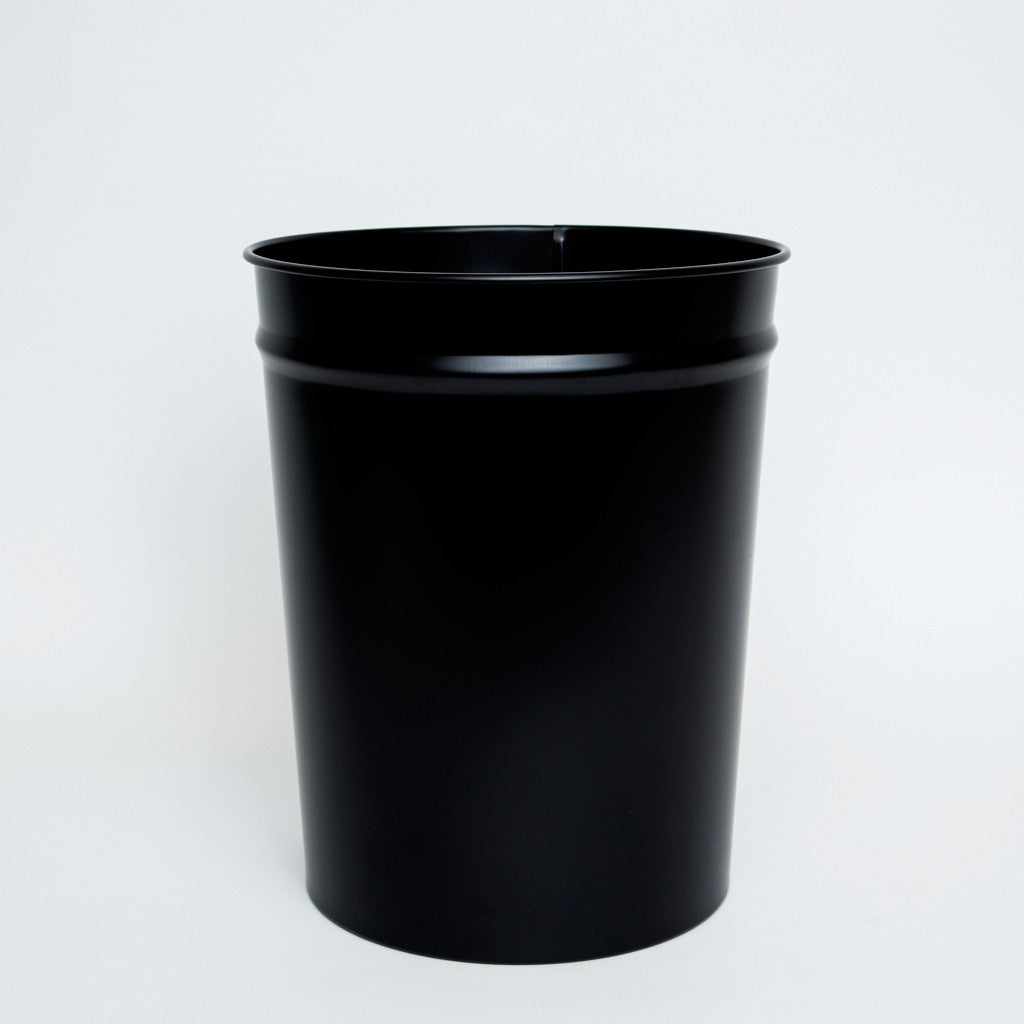 Bunbuku Enameled Steel Wastebasket
