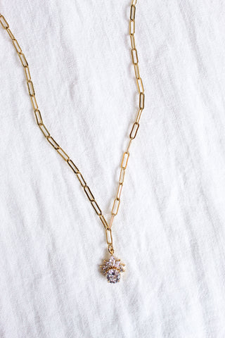 Alva Necklace