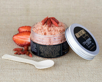 Strawberries & Cream Body Scrub 120g