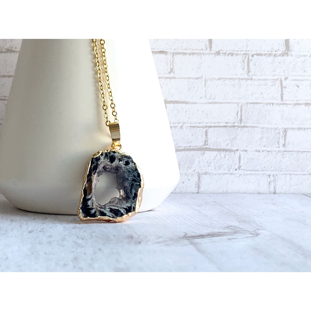Black Geode Agate Stone Necklace - Gold Arrow Studios