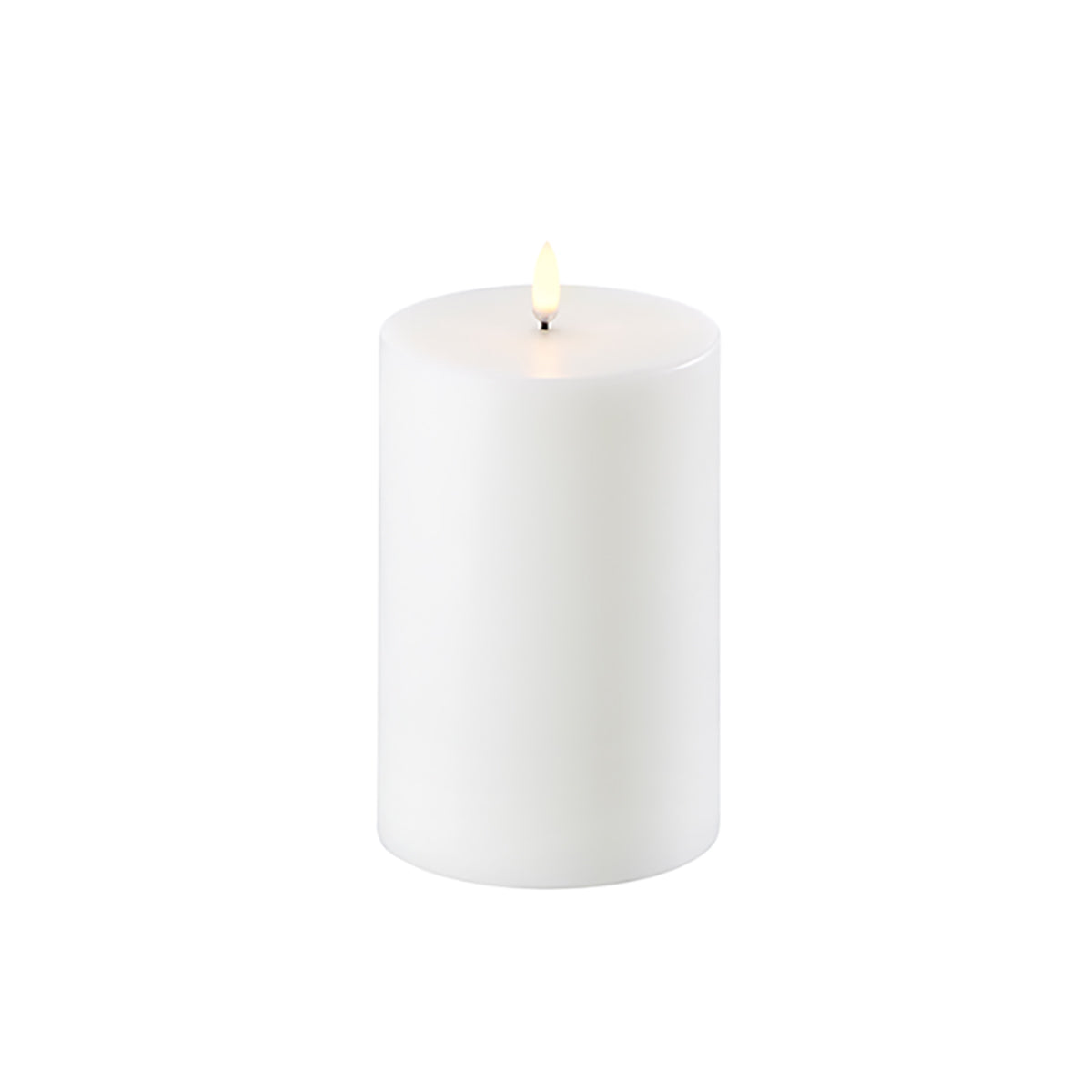 Uyuni Single Wick Pillar Candle Nordic White 10.1cm x 15.2cm