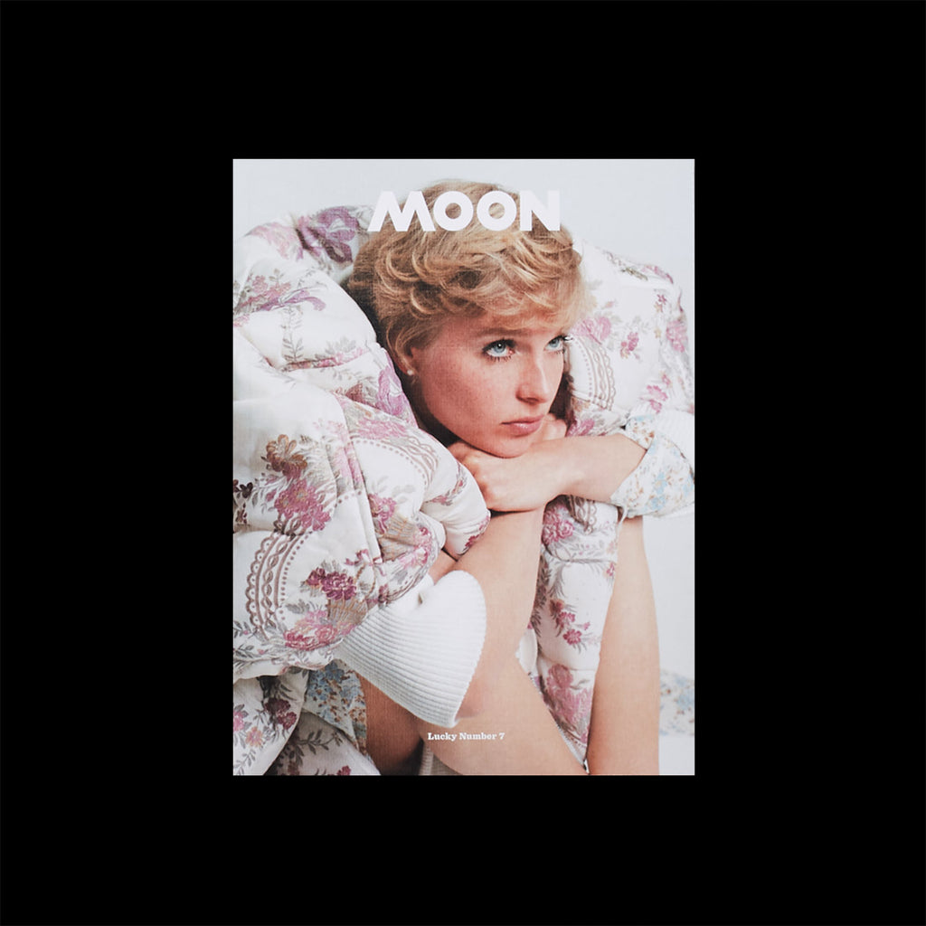 Moon - Issue 7