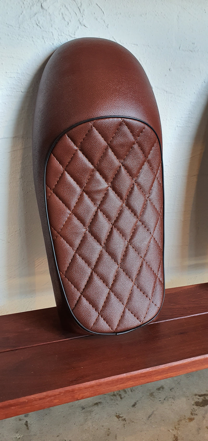 DIAMOND STITCH CAFE RACER SEAT BROWN