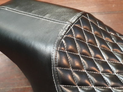 HD Sportster Seat 2004 up