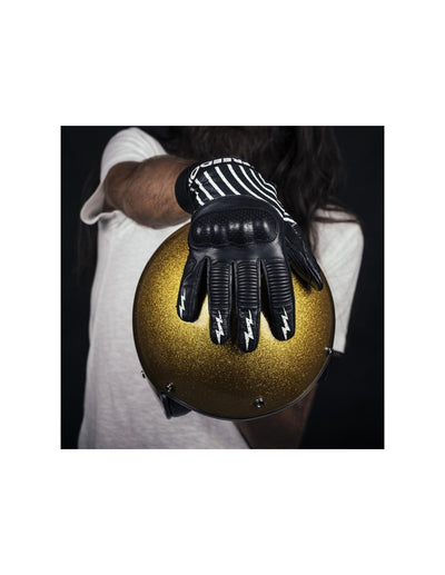 Rogue motorcycles, biker gear, gloves, Ipnotico gloves, biker gloves, motorbike gloves.