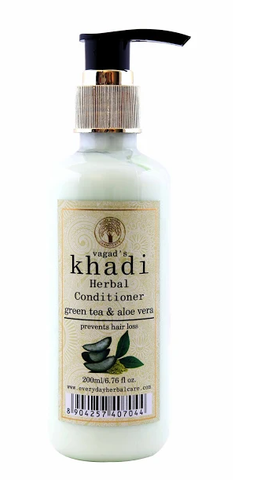Vagad's Khadi Green Tea And Aloe Vera Conditioner 200Ml