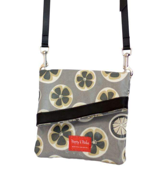 Tote bag Poppy / Belle Oilcoth Dog Walking Bag