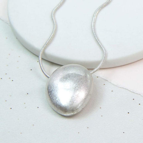 Silver Plated Worn Pebble Necklace - insideout-home