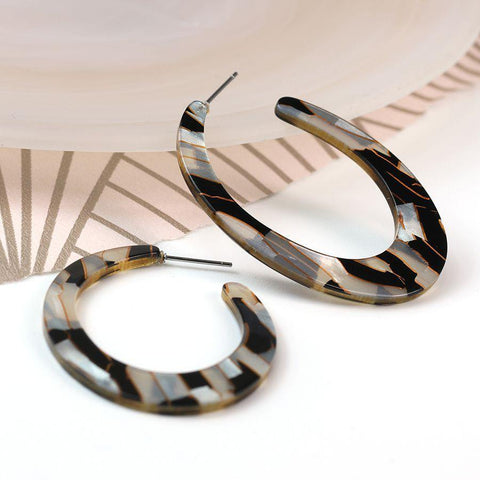 Resin Oval Hoop Earrings - insideout-home
