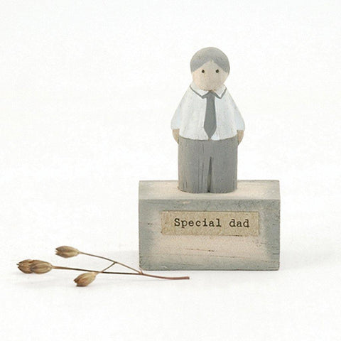 Special Dad Wooden Scene - insideout-home
