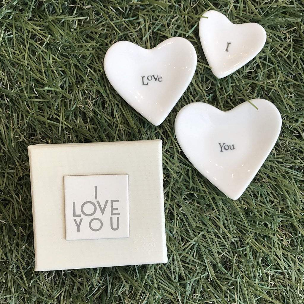Porcelain set of three dishes - I love you by  Insideout