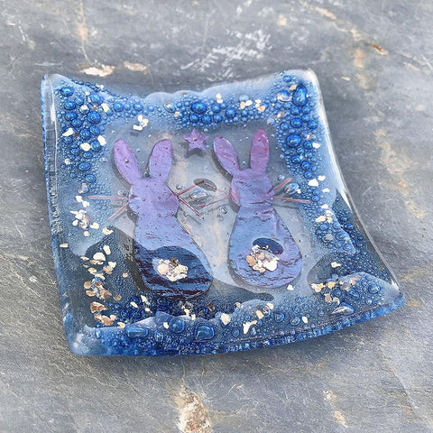 Handmade Hare Fused Glass Dish - insideout-home