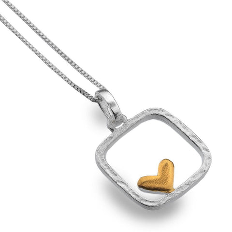 Textured Silver Frame with Heart Necklace P2746 - insideout-home