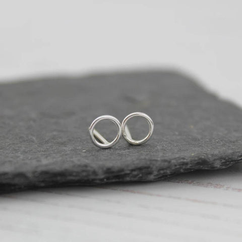 Sterling Silver Mini Geo Cutout Circle Studs - insideout-home
