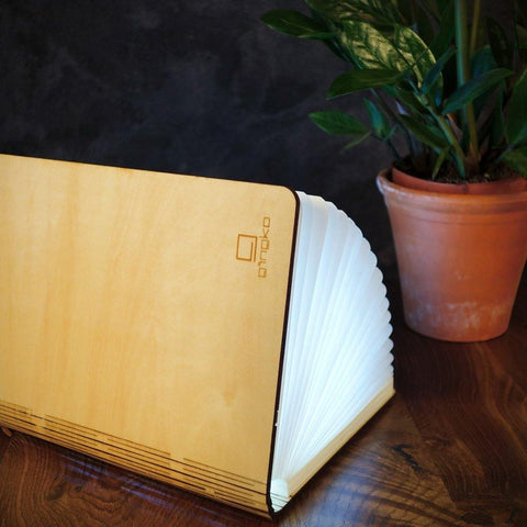 Smart Booklight Maple insideout-home.myshopify.com