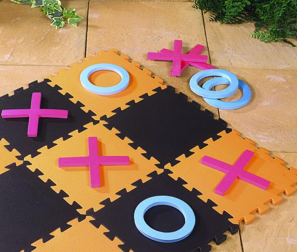 Giant Noughts and Crosses Garden Game Set