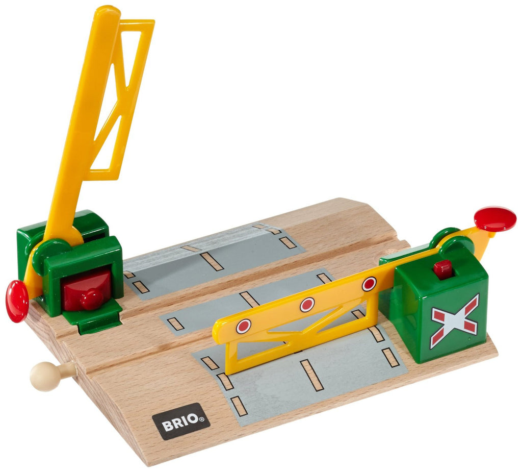 Magnetic Action Crossing BRIO 33750 - educationaltoys.ie