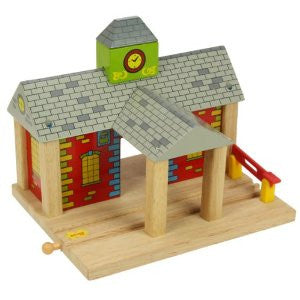 Bigjigs Wooden Railway station BJT215 - educationaltoys.ie