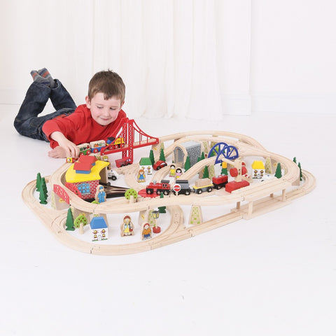 Bigjigs Freight Train Set BJT017 - educationaltoys.ie