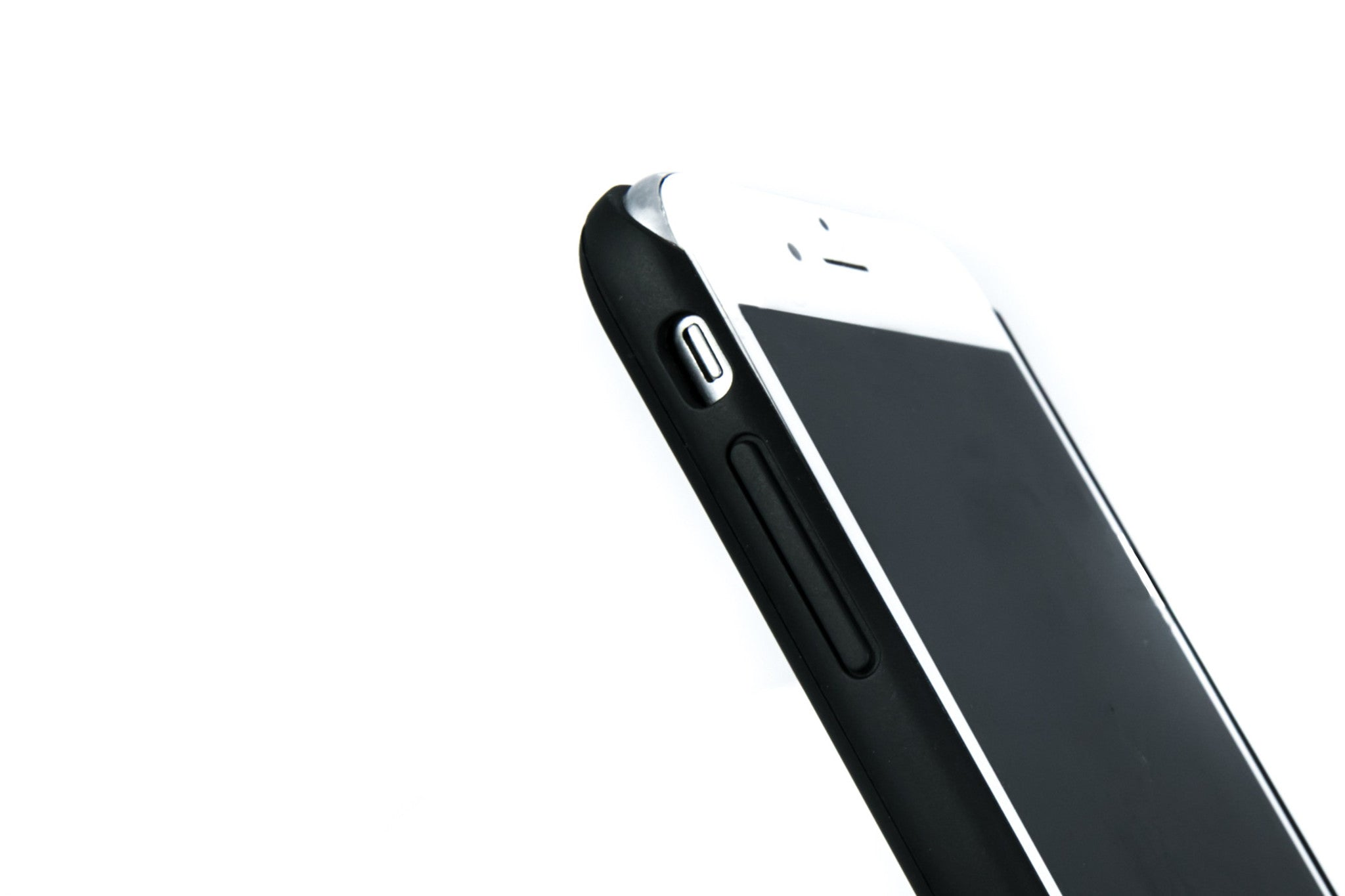 Here's what top tech magazines are saying about the world's slimmest iPhone charger case