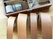 Load image into Gallery viewer, Classiky 30mm Kraft Paper Tape / Black Grid