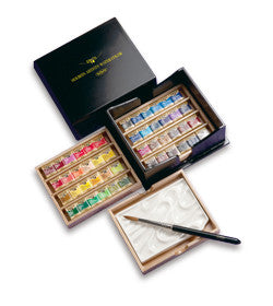 Artist's Palm Box Plus Watercolors in Half Pans (48)