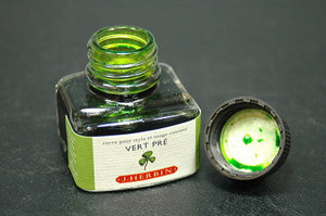 J.Herbin Fountain Pen Ink 30ml - Vert Pre (Green Prarie)