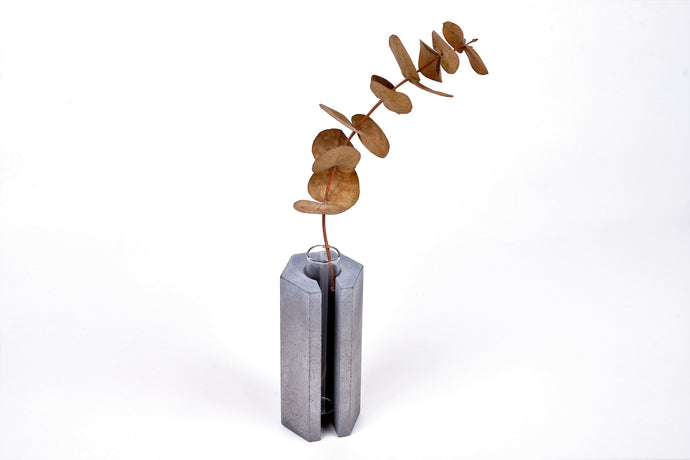 Concrete vase - hexagon with slot -